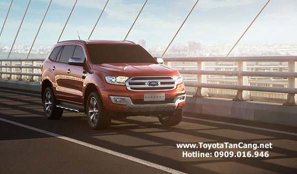 """""""Ford Everest Titanium+ mang đến những công nghệ vượt trội…"""""""