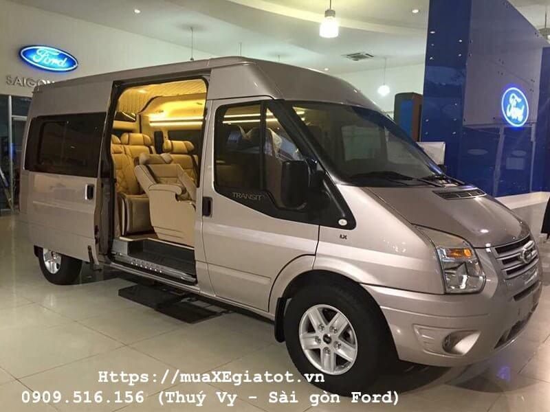 gia xe ford transit 2018 muaxegiatot 1 - Cùng khám phá thiết kế mới mẻ và động cơ cải tiến của Ford Transit