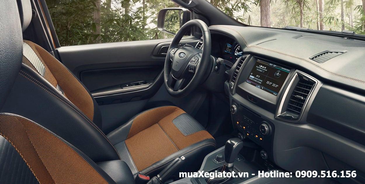 ranger 2015 noithat copy - Lý do nên sở hữu chiếc xe Ford Ranger