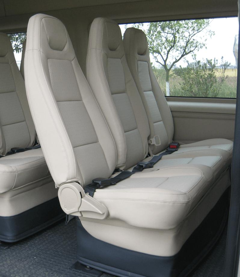 ghe hanh khach ford transit - Đánh giá Ford Transit SLX 16s Luxury 2018 kèm giá bán tại Việt Nam