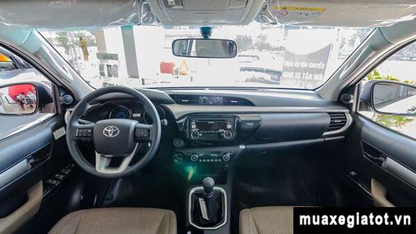 Taplo-Toyota-Hilux-2.4G-MT