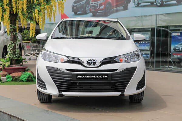 Toyota Vios E MT 2019 là phiên bản số sàn và có giá bán thấp nhất phù hợp cho khách hàng mua xe lần đầu, mua xe chạy dịch vụ hoặc có tài chính hạn hẹp