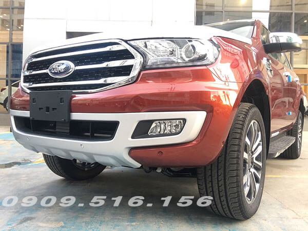 den-xe-ford-everest-2019-2-0-bi-turbo-sai-gon-ford-muaxegiatot-vn-2