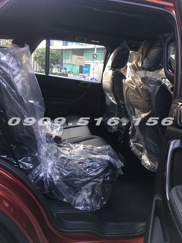 hang-ghe-sau-ford-everest-2019-2-0-bi-turbo-sai-gon-ford-muaxegiatot-vn-10