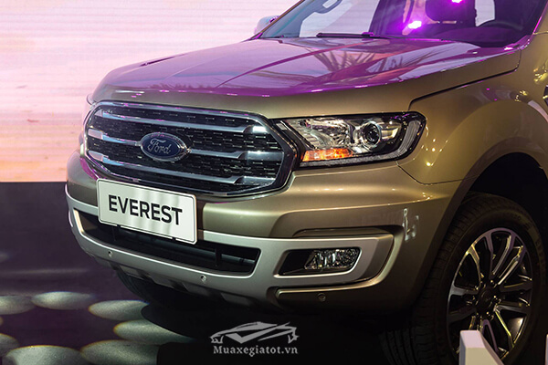 luoi-tan-nhiet-ford-everest-2018-2019-titanium-20-at-1cau-muaxegiatot-vn