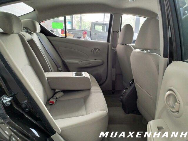 nissan sunny xl ghế sau muaxegiatot vn - Nên mua xe Vios MT với Sunny XL số sàn chạy dịch vụ?