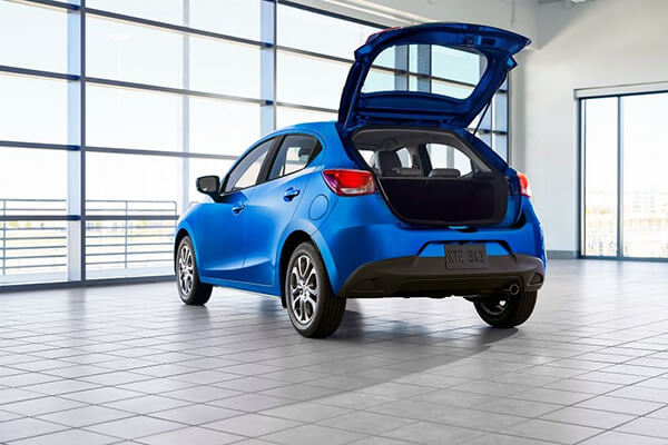 copxe-toyota-yaris-hatchback-2020-cho-thi-truong-my-muaxegiagtot-vn