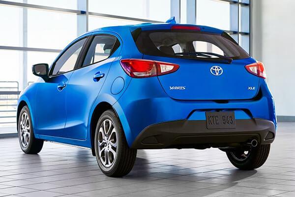 duoi-xe-toyota-yaris-hatchback-2020-cho-thi-truong-my-muaxegiagtot-vn
