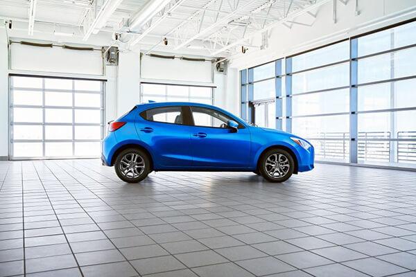 hong-xe-toyota-yaris-hatchback-2020-cho-thi-truong-my-muaxegiagtot-vn