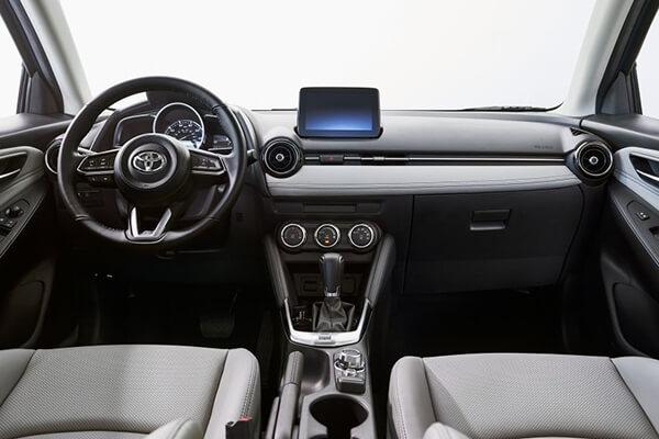 noi-that-xe-toyota-yaris-hatchback-2020-cho-thi-truong-my-muaxegiagtot-vn