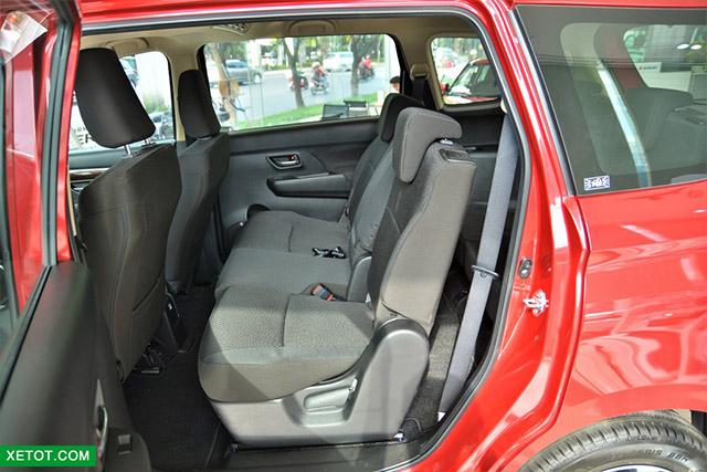 hang ghe thu hai suzuki ertiga 2020 xetot com - Đánh giá xe Suzuki Ertiga 2021 kèm giá bán khuyến mãi #1