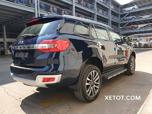 duoi-xe-ford-everest-2021-ford-saigon-net