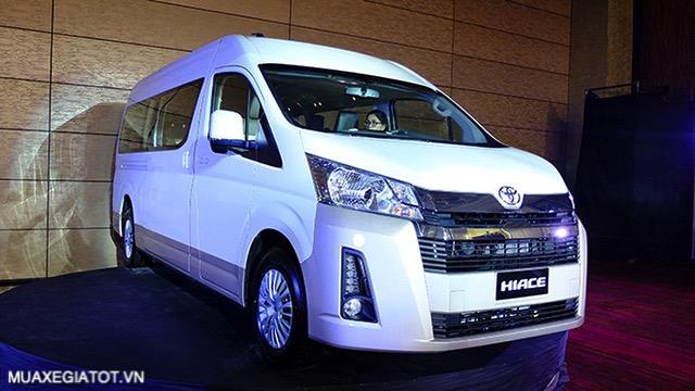 gia-xe-15-cho-toyota-hiace-2021-xetot-com