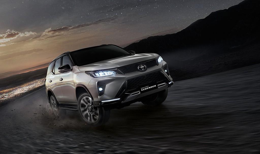 Toyota Fortuner 2021 chính thức ra mắt  - Đánh giá xe Toyota Fortuner 2021, Bản cập nhật nhiều tính năng